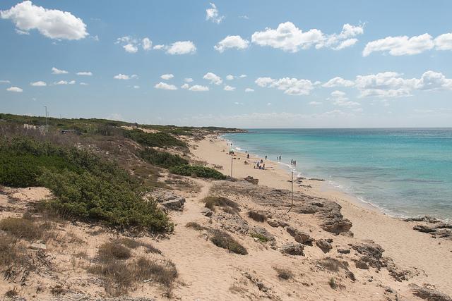 Piaszczysta plaża na Salento.