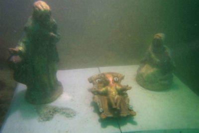 Podwodna szopka w Polignano